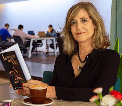 escritora y gestora cultural Alicia Escardó